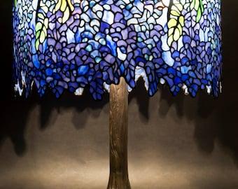 Desk Lamp, Bespoke Glass, Wisteria lamp, Tiffany lamp, Stained glass, Lamp, Table lamp, Designer lamp, Tiffany lamp replica, Classic design