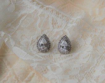 Teardrop Crystal Bridal Earrings, Wedding Earrings, Crystal Earrings, Bridesmaid Gift, Wedding Jewelry, Anniversary Gift