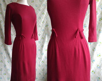 1950s little red madmen style wiggle dress