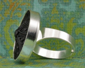 Silverplate  Ring With Black Glass Cabochon