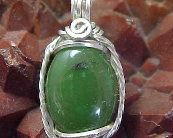 Green Nephrite Jade Sterling Silver Wire Art Pendant Assists One In Accessing Knowledge And Sacred Ceremony 005