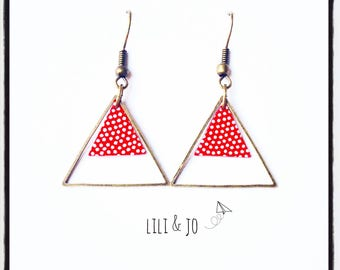 Earrings red triangles with dots