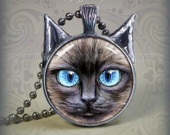 SI6 Big Eyed Siamese Cat pendant