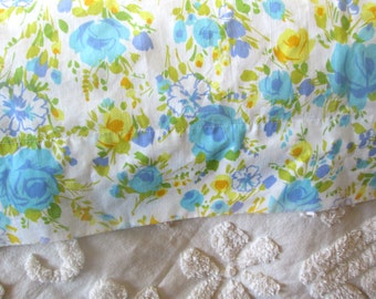 Vintage Twin Flat Sheet, Blue and Yellow Floral made by Fashion Manor, Roses