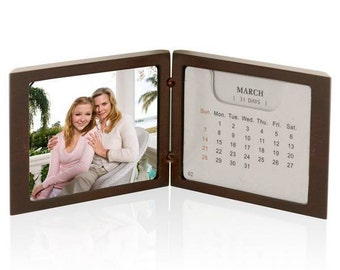 Engraved Rosewood Photo Frame and Calendar