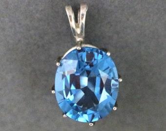 Topaz pendant, sky blue, December Birthstone, silver bezel 30ct