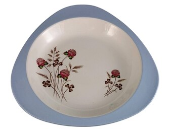 Bowl in the Summer Days pattern by Spode