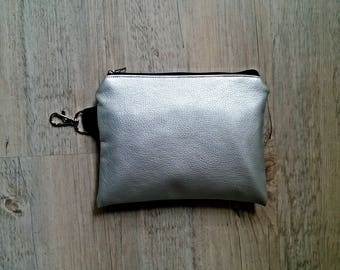 5 VEGAN Zero Waste Shopping Bags in Pouch made from Silver Vegan Leather