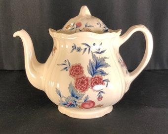 Wedgewood Potpourri Tea Pot With Lid NK510