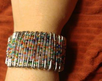 Friendship pin Bracelet