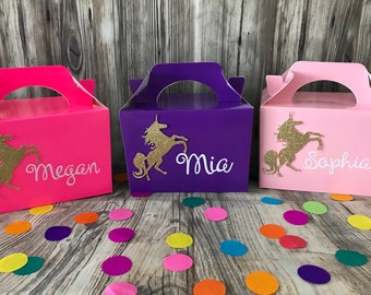 Unicorn party, personalised unicron party boxes. Unicorn goodie bags, unicorn loot bags, unicorn party favours