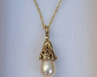 Pearl Gold Pendant, 14K Gold Necklace, Handmade Pearl Pendant, Bridal Pearl Pendant, Wedding Necklace, Wedding Necklace, Mother's Day