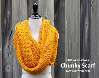 Chunky knit scarf, soft wool infinity scarf, mustard yellow infinity scarf, 100% soft wool scarf, soft and cozy, winter cowl, winter scarf