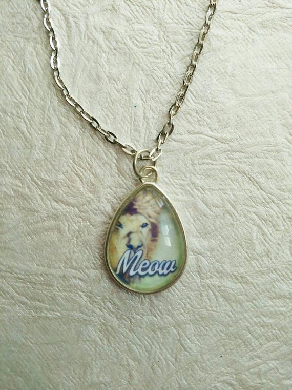 PRIDE- Silver 18x25mm Teardrop Pendant Necklace Fierce Meow Pride Leo Cat