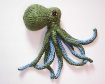 Hand Knit Octopus #44