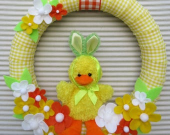 Easter Wreath, Easter Chick Wreath, Yellow Easter Wreath, Yellow Gingham Wreath, Spring Wreath, Felt Flower Wreath, Yellow Chick Wreath