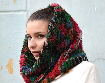 Circle floral scarf, infinity scarf, Chenille scarf, Ukrainian folk gift, Russian Scarf shawl, red black shawl, Winter Accessories