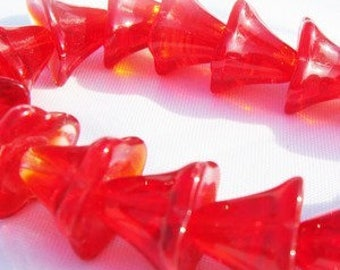 10 transparent red flower beads