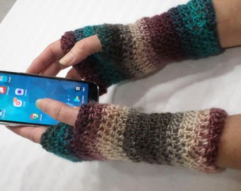 Crochet Fingerless Gloves Pattern, Easy beginner pattern, PDF Download Pattern, Fingerless Texting gloves, fingerless gloves