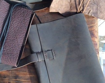 Big leather journal cover, Large brown refillable masculine journal notebook, Custom handmade big trifold journal with leather latch closure