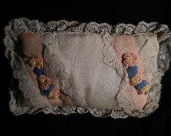 Precious Antique Ribbonwork Pillow (FFs1204)