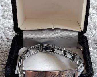 Topps Empire ID Bracelet One For Diane
