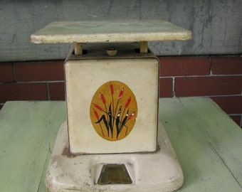 Vintage Art Deco kitchen scale
