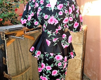 1980s Pink Floral n Black Skirt Suit Peplum Top Wide Bow Belt by Evenings by Pantagis Size 9/10