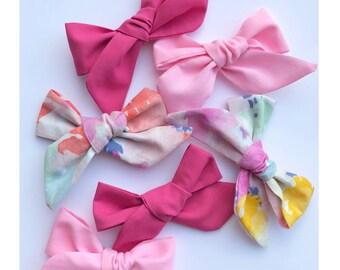 Mia Pink Pinwheel Bow//Pink//Nylon//Pigtail
