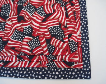 American Flag Placemats Reversible set of 4 or 6 Red White and Blue Placemats Waving  Patriotic Placemats Stars Placemats 4th of July Decor