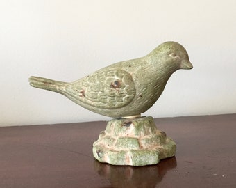 Terra-cotta bird - rustic green - shabby chic