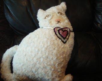 "White ""Curl"" cat cushion Shimmers fun"