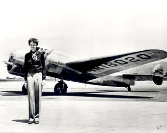 Legendary Pilot Amelia Earhart Stands in Front of Her Lockheed Elektra Aircraft - 5X7, 8X10 or 11X14 Photo (EP-639)