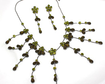 Green Crystal Jewelry Set - Matching Flower Dangling Necklace & Drop Earrings
