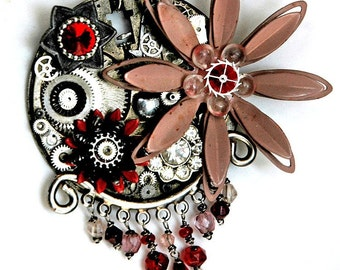 Red Velvet Cake - Vintage Gothic Spring Steampunk Necklace