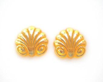Lotus Flower Cabochons, Yellow and Gold Cabochons, Acrylic Vintage Flat Back Cabochons, Art Deco Fleur De Lys Vintage Beads, set of 2
