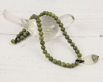 16 Inch Green Jade Beaded Necklace & Removable Pendant · Statement Necklace · Hypoallergenic · Metal Free · Short Necklace · Sensitive Skin