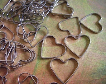 30 - Silver - Heart Charm - Cutout - (SHC13MM)