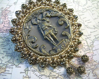 Antique Hand Beaded Button Pin Gabriels Horn With Seed & Brass Beads Brooch