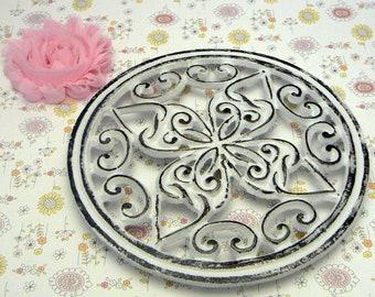 Round Heart Swirl Cast Iron Trivet Hot Plate White Shabby Cross Center Kitchen Dining Decor