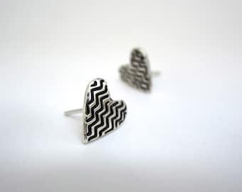 Zig Zag Post Earrings in Heart Shape - Tiny Sterling Silver Heart Studs with Geometric Design