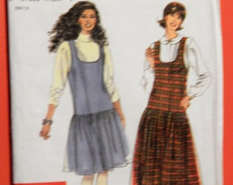 Simplicity 9694 Easy to sew jumper pattern Uncut Sizes extra small (6-8), small (10-12), medium (14-16), large (18-20) and extra large 22-24