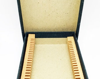 Vintage MICROSCOPE SLIDE BOX for transit or storage/archiving
