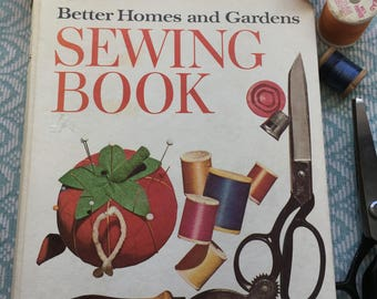 Better Homes and Gardens Vintage Sewing Book