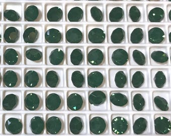 24 pieces 1088 Palace Green Opal 6mm (29ss) Swarovski Crystal Chatons