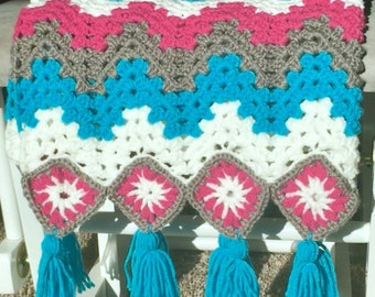 Rippled granny square afghan