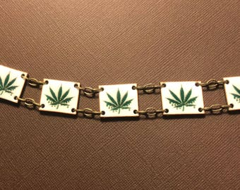 Wax Dab Leaf Bracelet, Green Dab Inspired Pot Leaf Bracelet