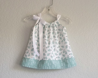 Baby Girls Green Pillowcase Dress - Mint Green Dress and Bloomers Outfit - Babys Green and White Sun Dress - Size Nb, 3m, 6m, 9m, 12m or 18m