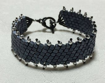 Cube Bead Bracelet Gray Cuff Bracelet Bead Woven Bracelet Gray Beaded Bracelet Seed Bead Bracelet Beaded Bracelet Grey Beaded Cuff