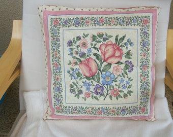 Coussin complet motif  bouquet de fleurs